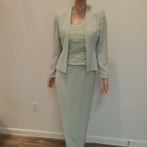 MON CHERI Mint Green Formal Evening Dress